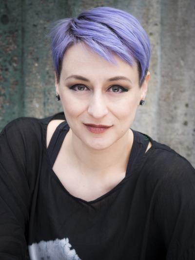 Kirjailija Magdalena Hain kuva.