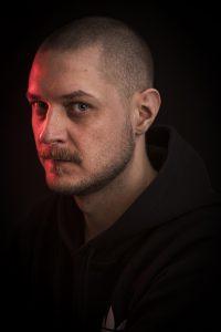 Kirjailija Mikko Toiviaisen kuva.