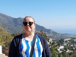 Sarianna Silvosen kuva vuoristossa