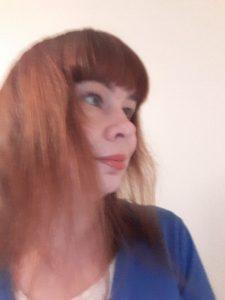 Kirjailija Liliana Lenton omakuva